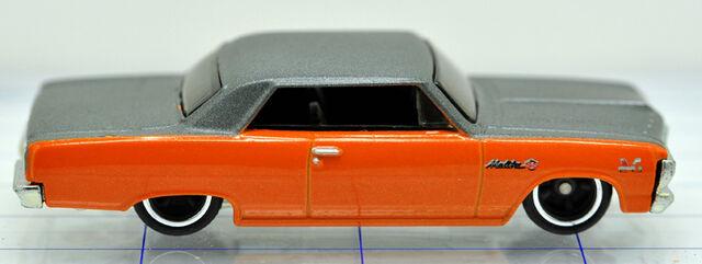 File:65-chevrolet-malibu-orange & gray-hw (2).jpg