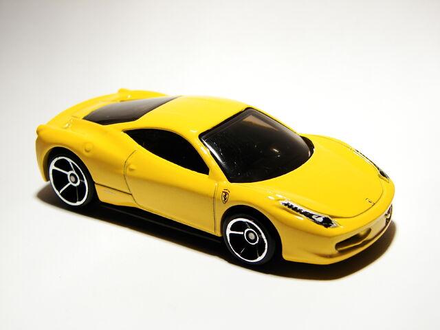 File:Ferrari 458 Italia 02.JPG