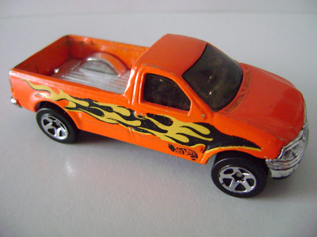 File:Fordf150.orange.jpg