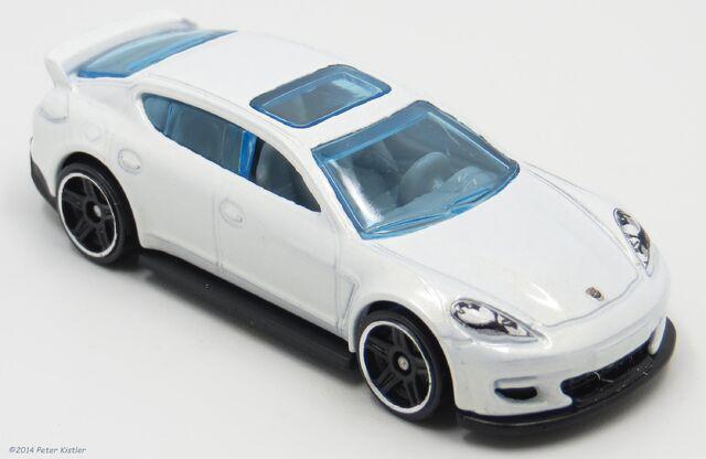 File:Porsche Panamera-20281.jpg