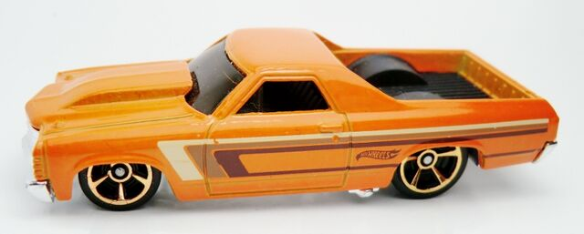 File:Cadillac V-16 Concept-2013 002 Street Power.jpg