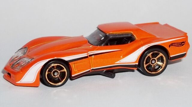 File:HW-2014-237-'76 Greenwood Corvette-MuscleMania.jpg