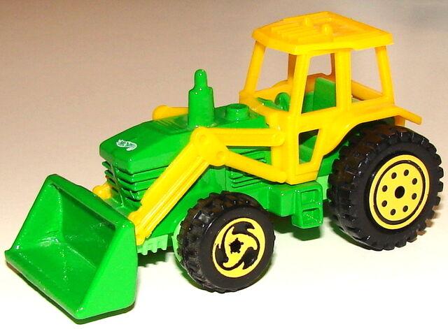File:Tractor GrnYelLng.JPG