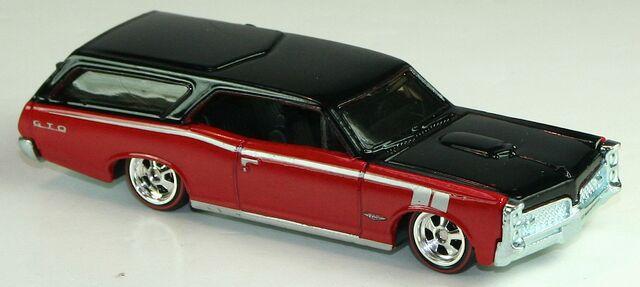 File:2012-HWB-Custom66-Wagon-RedBlack.jpg