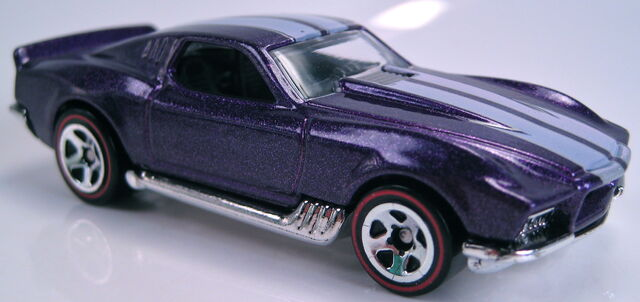 File:Blvd. Bruiser purple metallic 2011 new model walmart redline.JPG