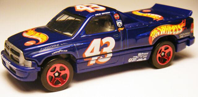 File:Dodge Ram - 02 Hot Wheels Racing.JPG