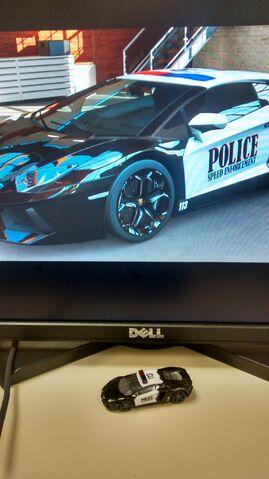 File:Desktop Police Forza 5.jpg