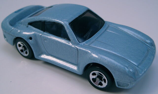 File:Porsche 959 blue tinted glass, 5sp wheels.JPG