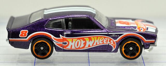 File:71-ford-maverick-grabber-purple-hw-hw (2).jpg