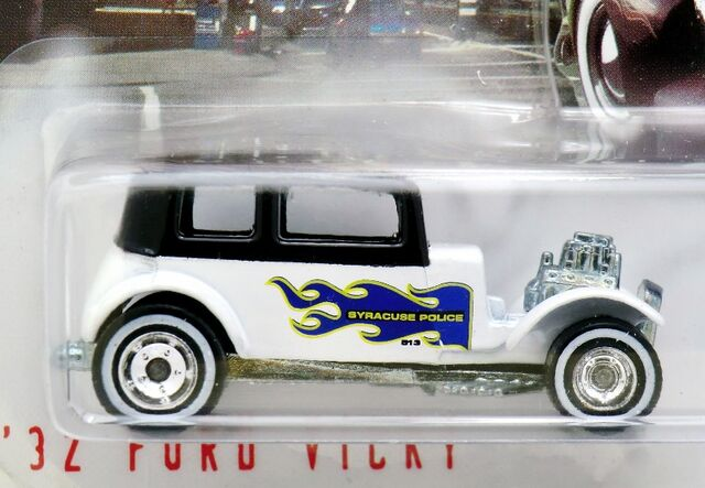 File:'32 Ford Vicky-1999 Cop Rods.jpg