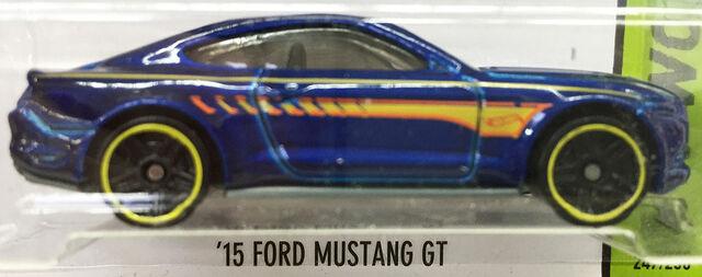 File:FordMustangGT15.jpg