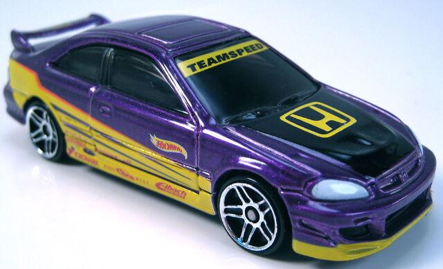 File:Honda Civic Si purple metallic pops garage 4 car set 2002.JPG