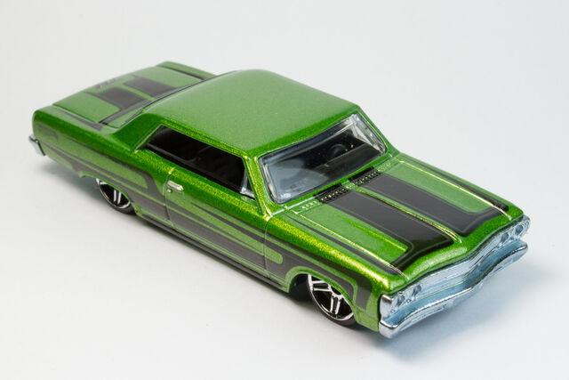 File:'65 Chevy Malibu 2012 anwar.jpg