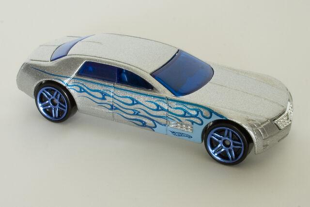 File:Cadillac V-16.jpg