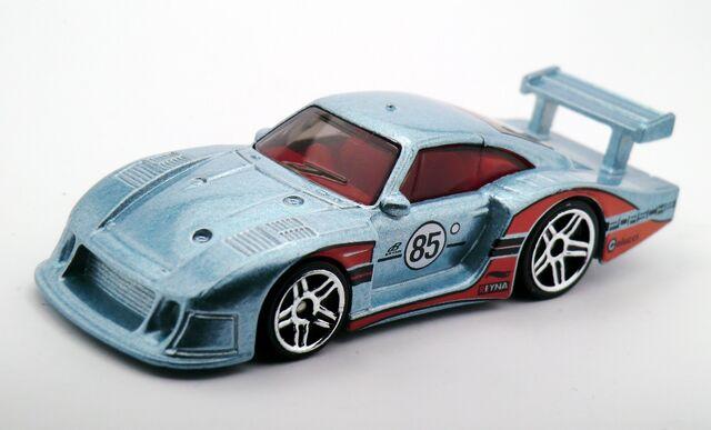 File:Porsche 935-2015 Series.jpg
