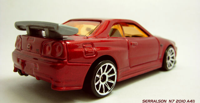 File:CUSTOM RED NISSAN 5.jpg