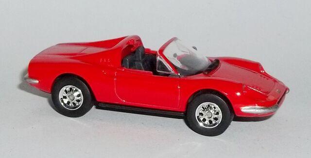 File:HW-Retro Entertainment-Ferrari Dino 346 GTS-Hart to Hart.JPG