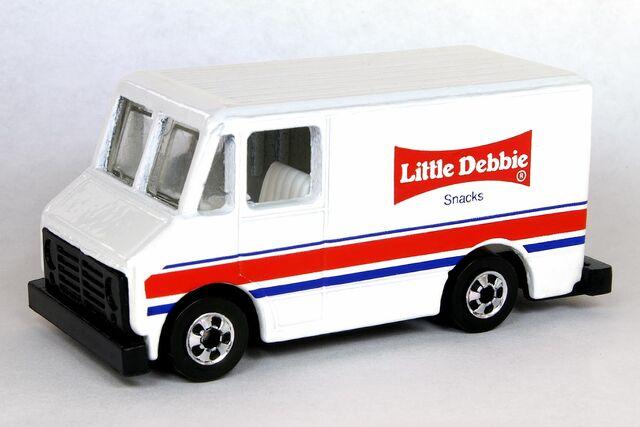 File:Little Debbie1 Delivery Truck - 6183df.jpg