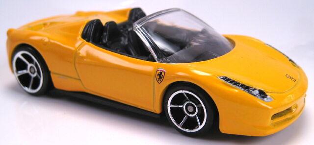File:Ferrari 458 Italia Spider yellow.JPG