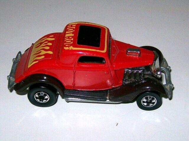 File:1979 3-Window '34 Ford -Hi-Rakes- (2).JPG