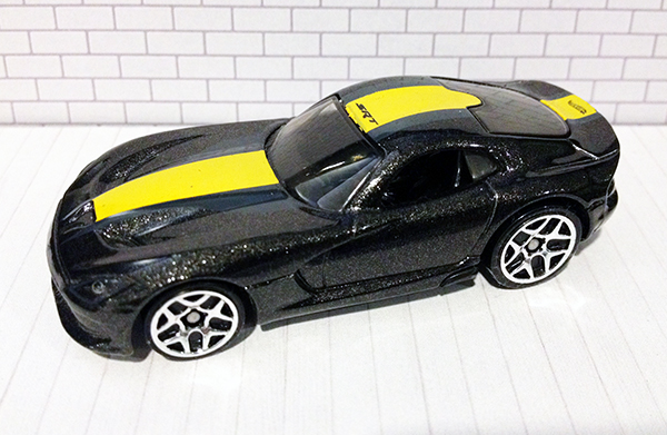 File:13 Dodge Viper.JPG