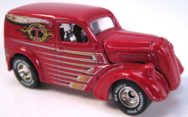 File:Anglia panel truck 2002 treasure hunt.JPG