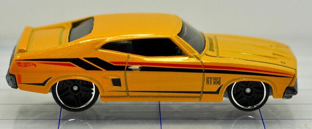 File:69-ford-mustang-yellow-hw (2).jpg