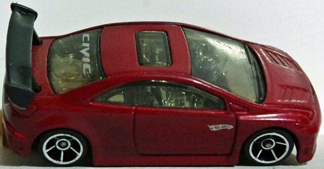 File:06-28 Honda Civic Si Maroon toprsz.JPG