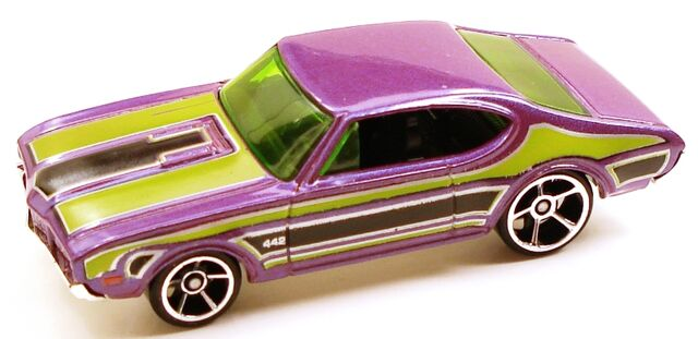 File:68olds442 purple.JPG