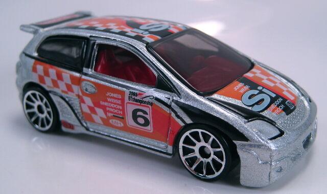 File:Honda Civic Type R first editions 2003.JPG