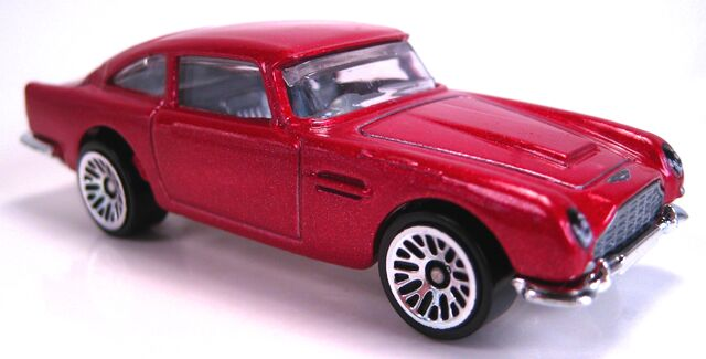 File:Aston Martin 1963 DB5 red metallic.JPG