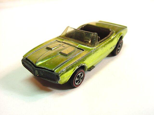 File:Firebird 1968 US Lime green dark int.jpg