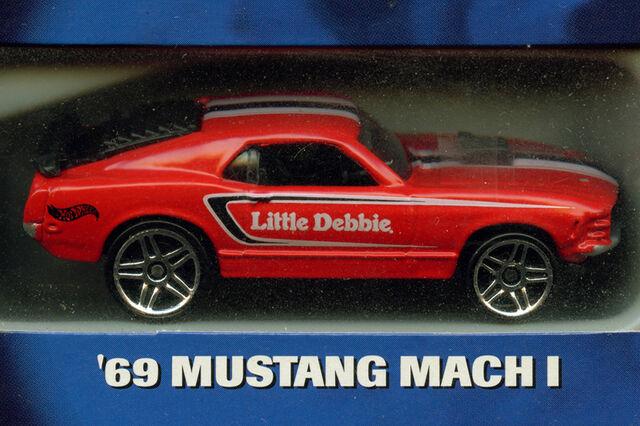 File:Little Debbie S3 '69 Mustang Mach I.jpg