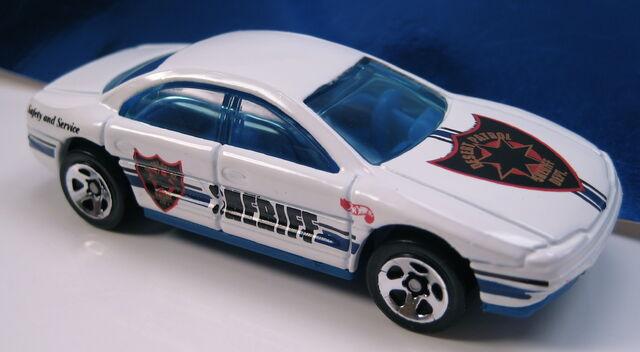 File:Olds Aurora Sheriff car.JPG