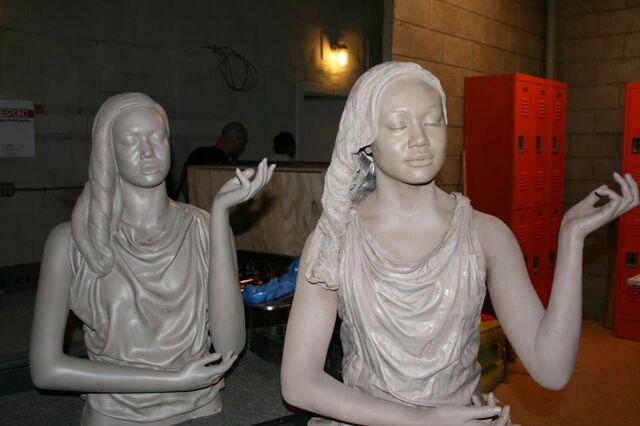 File:A Statue 1.jpg