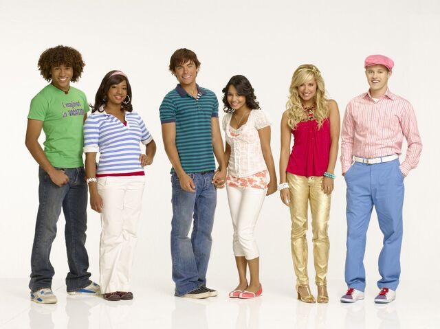 File:HSM2 GAL Cast5.jpg