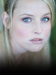 Wikia HT - Sarah Smyth