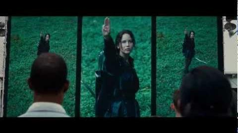 The Hunger Games - Official Theatrical Trailer