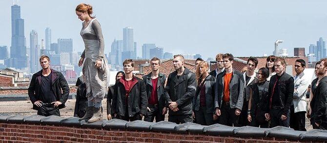 Divergent02