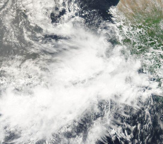 File:African Wave Aug 15 2011.jpg