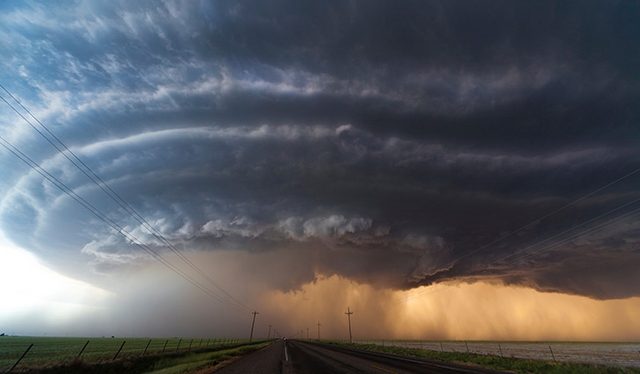 File:Pretty Prairie supercell.png