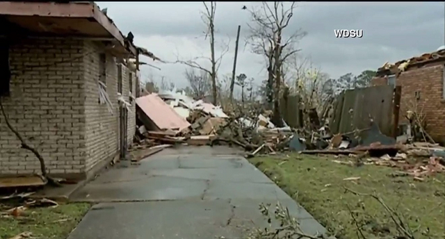 File:EF4 damage to a brick home in New Orleans 2017.png