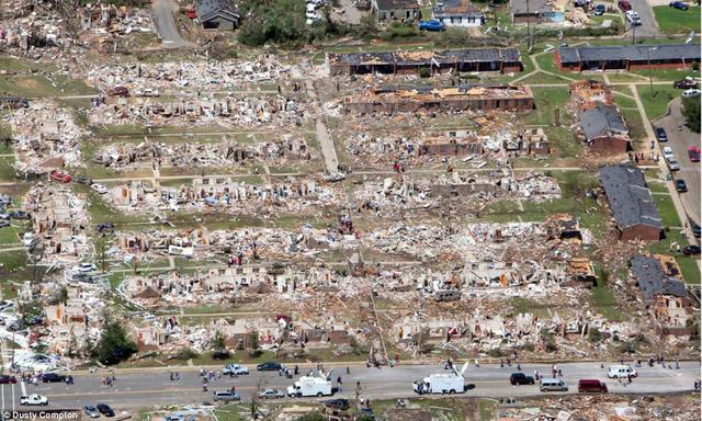File:EF5 2011 Super Outbreak damage 2.png
