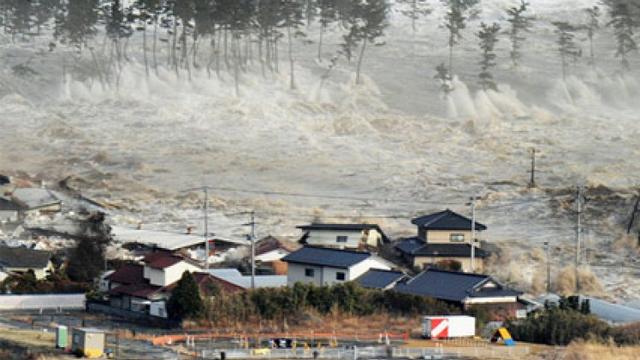 File:Tsunami (29).png