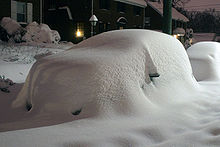 File:Blizzard aftermath car + 23 5 inches of snow.jpg