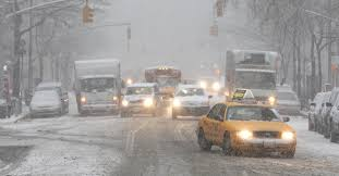 File:Commute affected by Snowfall.jpg