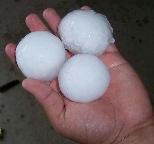 File:Hail (7).jpg