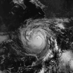 Hurricane Blas 25 jun 1998 1500Z