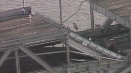 File:Earthquake-Bridge-Collapse.jpg