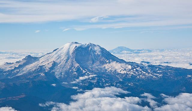 File:Mt Rainier with Mt St Helens at the background.jpg
